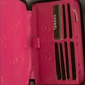 Chanel zip wallet